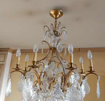 Antique 1950 'Cage Chandelier In The Style Of Louis 15 With 8 Lights And Baccarat Crystal