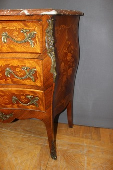Antique Louis XV Style Commode In Marquetry