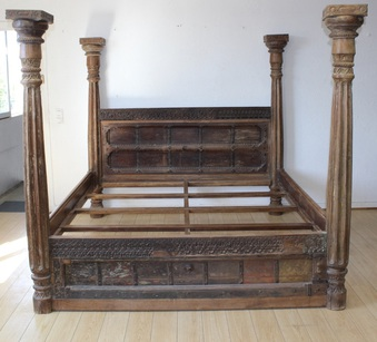 Antique Bed With Four Columns India XIX