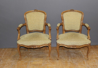Antique Pair Of Louis XV Style Cabriolets Early XX