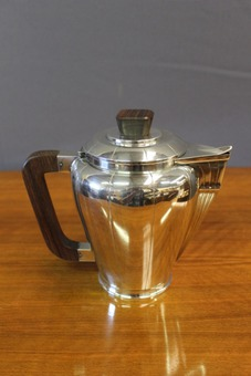 Antique Art Deco Period Coffee And Tea Service In Silver Metal