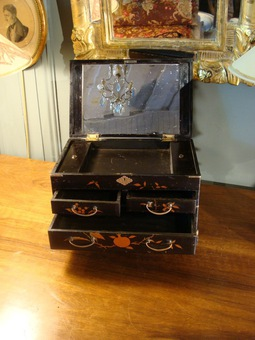 Antique Asian Jewelry Box