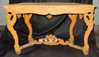 Antique 1850' Italian Console in wood gilted 19 th with Puttis