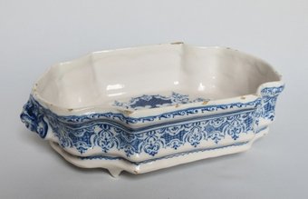 Antique 18th CENTURY MOUSTIERS FAIENCE BASIN