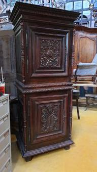 Antique 18 C;th  oak wood Cabinet