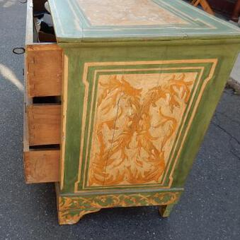 Antique 1820 'Wooden Dresser Painted Antique Deco