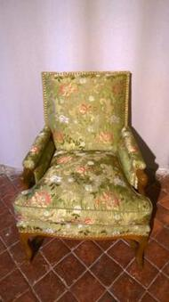 Antique 18th CENTURY FRENCH ARMCHAIR