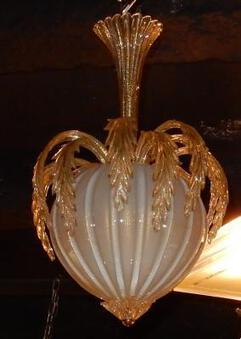 Antique 1950/70 Chandelier Murano Crystal and Gold Inclusion, Pineapple Form by  Barovier i Toso