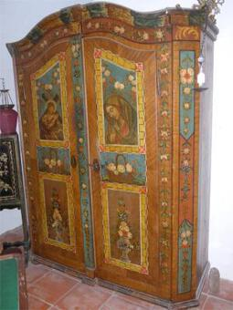 Antique 18th C AUSTRIAN ARMOIRE
