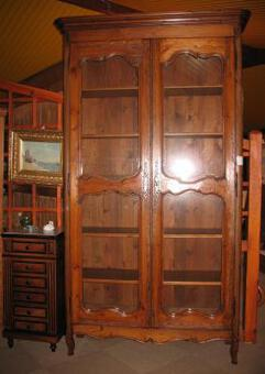 WOOD PANNEL BOOKCASE