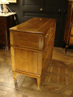Antique LOUIS XVI STYLE CHEST OF DRAWERS