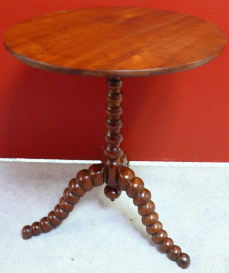 PEDESTAL TABLE IN MAHOGANY END OF 18Th CENTURY
