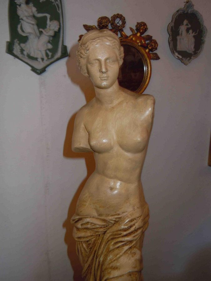 Antique ALABASTER FIGURE OF VENUS OR APHRODITE
