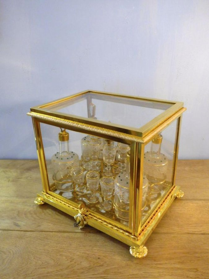 NAPOLEON III PERIOD LIQUOR BOX