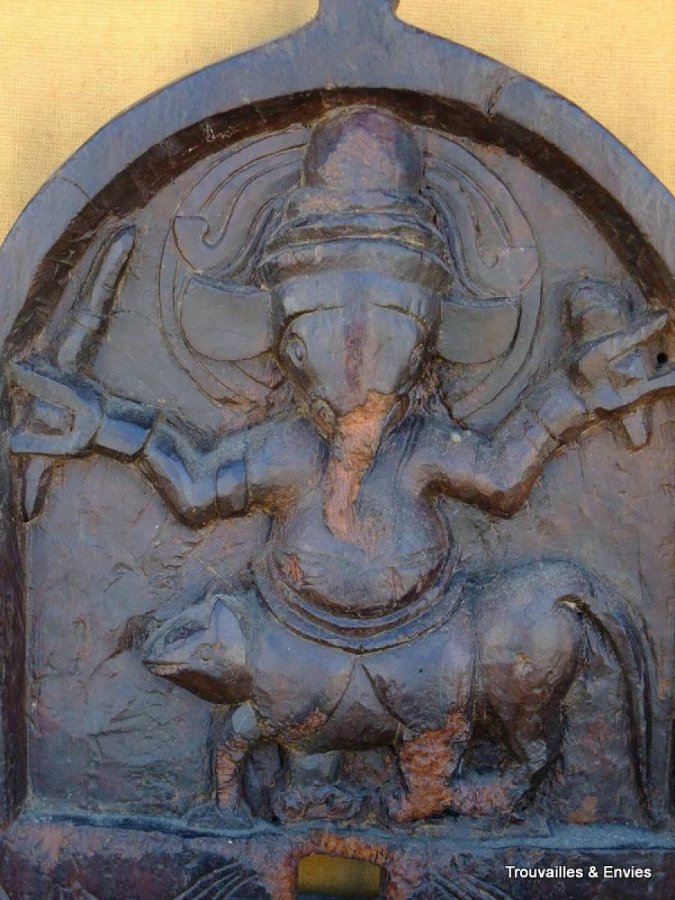 LOW RELIEF GANESH