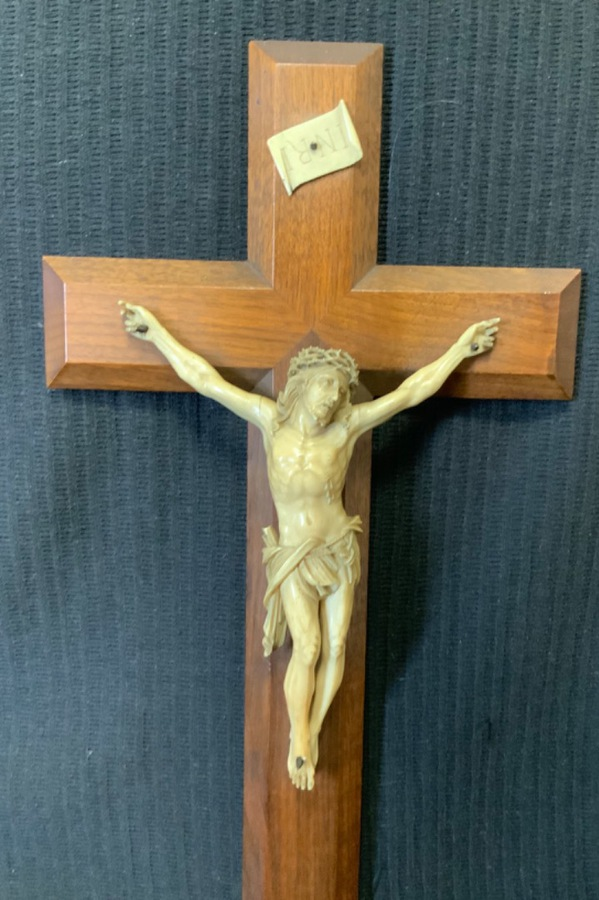 Antique IVORY CHRIST