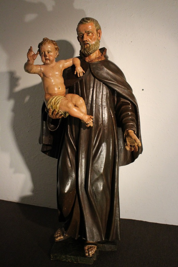 STATUE OF SAINT JOSEPH AND THE INFANT JESUS