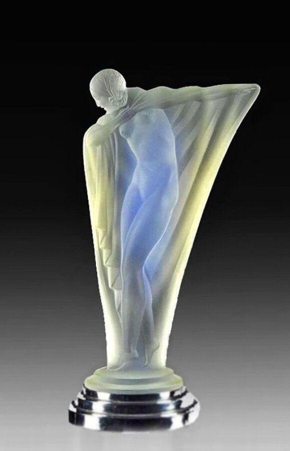 ART DECO PERIOD GLASS SCULPTURE