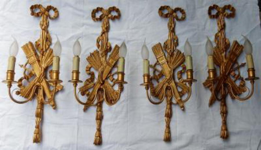 1950/70' 2 Pair of Sconces to The Golden Wood and Golden Iron