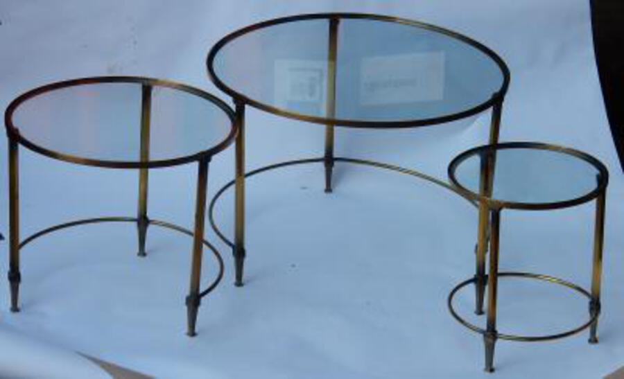 1950/70 Serie Nesting Tables in Brass in The Style of Maison Ramsay