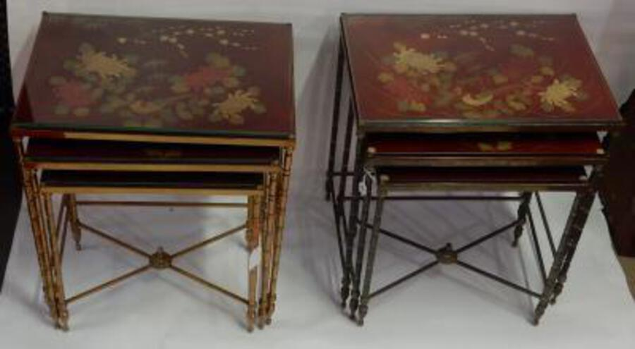 1950/70' Pair of Series of 3 Nesting Tables in The Style of Maison Bagués Deco Bamboo  in Bronze With  Top Red  China Lacq With Landscape And Bird