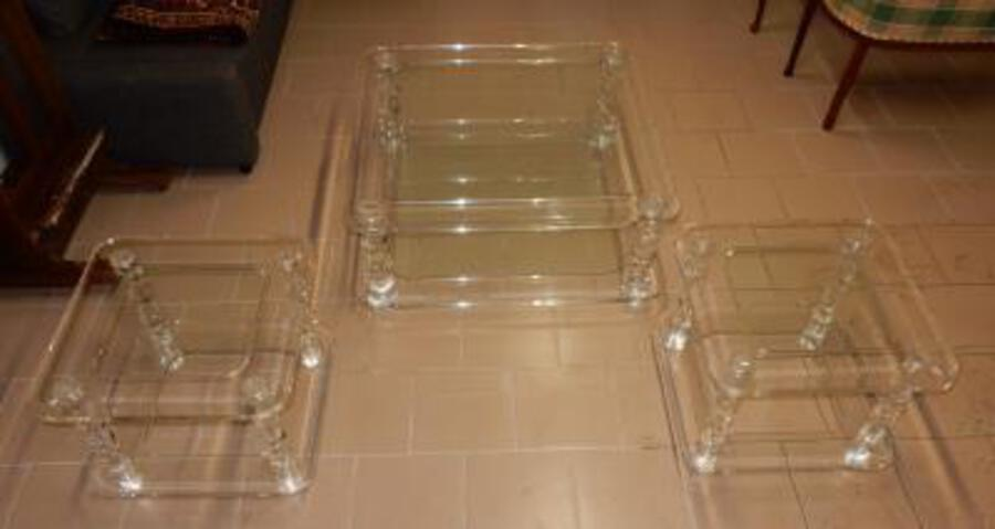 1970' Coffee Table in Lucite ROMÉO  Size  1m00 X 1m00  + 2 Ends of Sofa Same Model