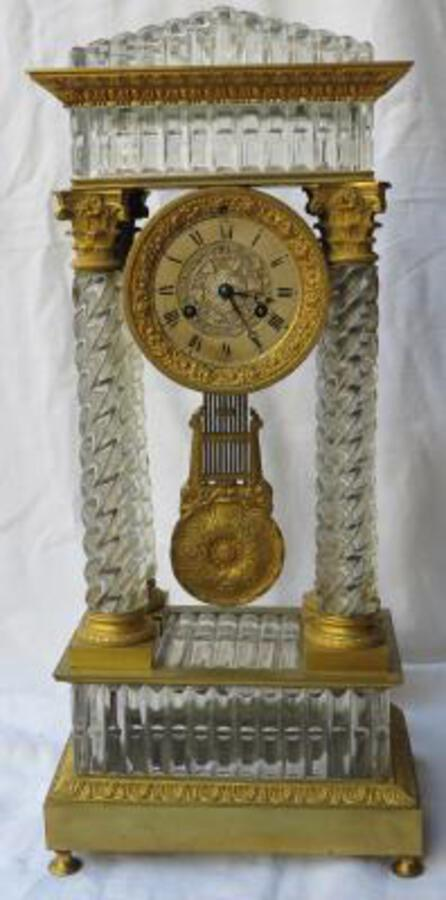 1830' Clock portico Charles X crystal Baccarat and golden bronze