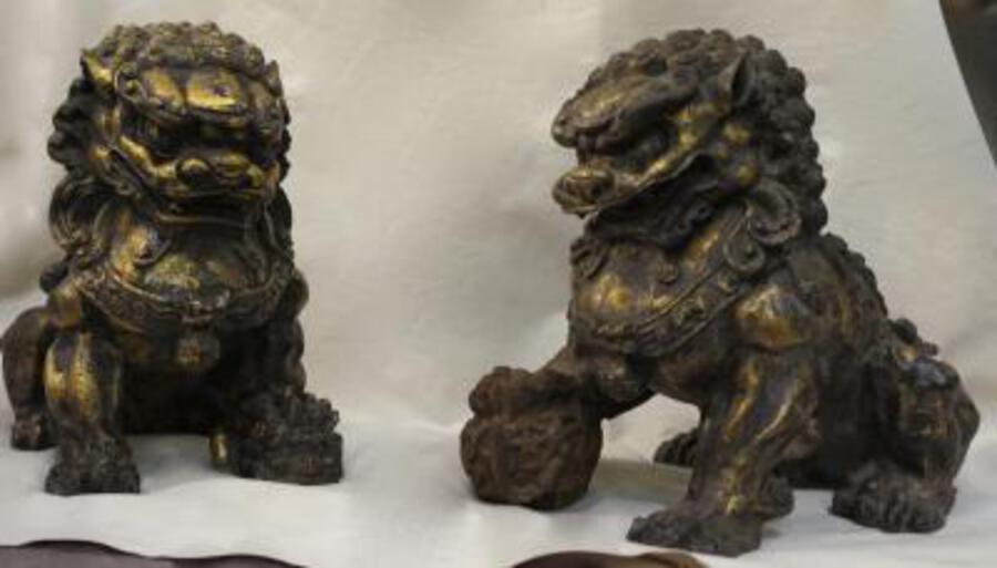 19th Pair of Dogs Fu or Chinese Lion in golden cast iron