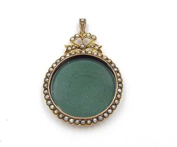 Antique 9ct Gold Pearl Locket Pendant