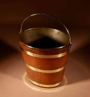 Antique A Dutch Coopered Oval Mahogany and Brass Tea Bucket/Jardinière, 19th century