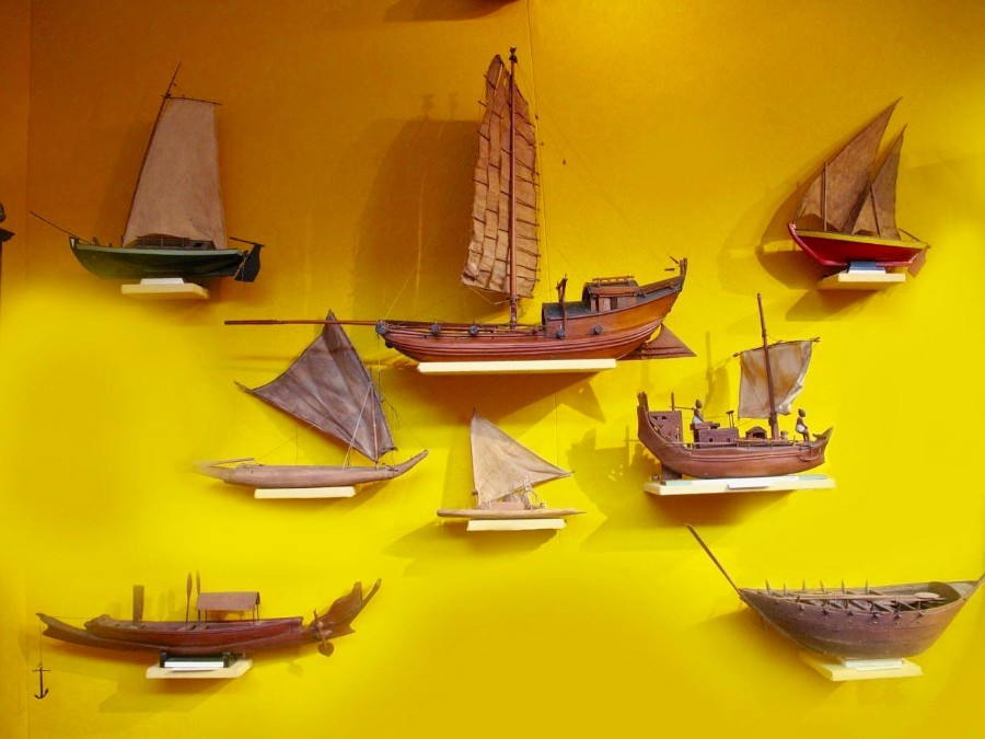 A very interesting international collection of eight ship/raft models. Circa: 1920