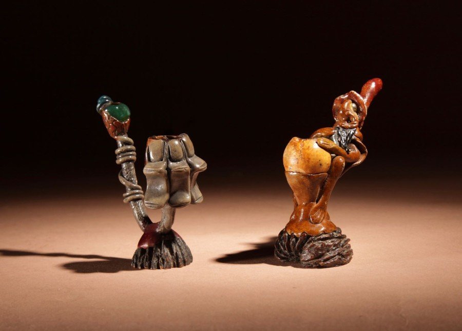 Two Amusing Caricature Art Small Tobacco Pipes.