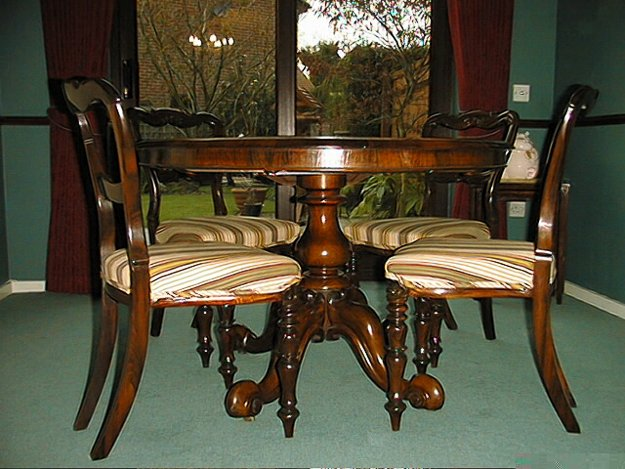 Antique William IV / Victorian Rosewood Table & 4 Chairs