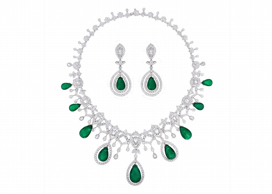 Emerald  Diamond Jewellery Suite