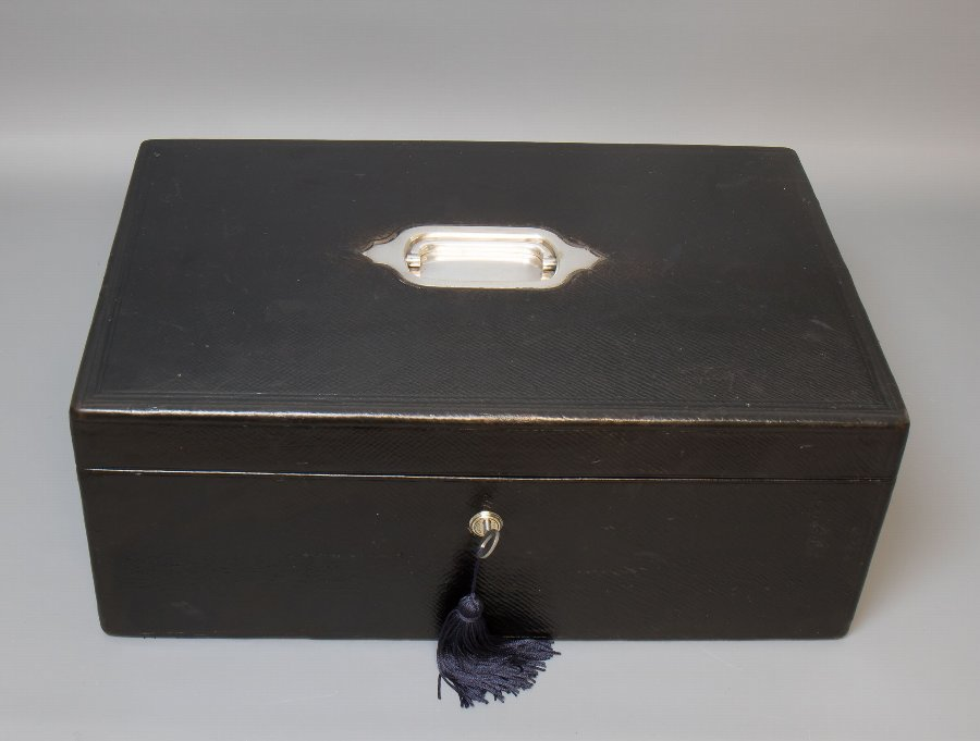Antique #9740 A Victorian Black Leather Despatch / Documents Box C 1880.