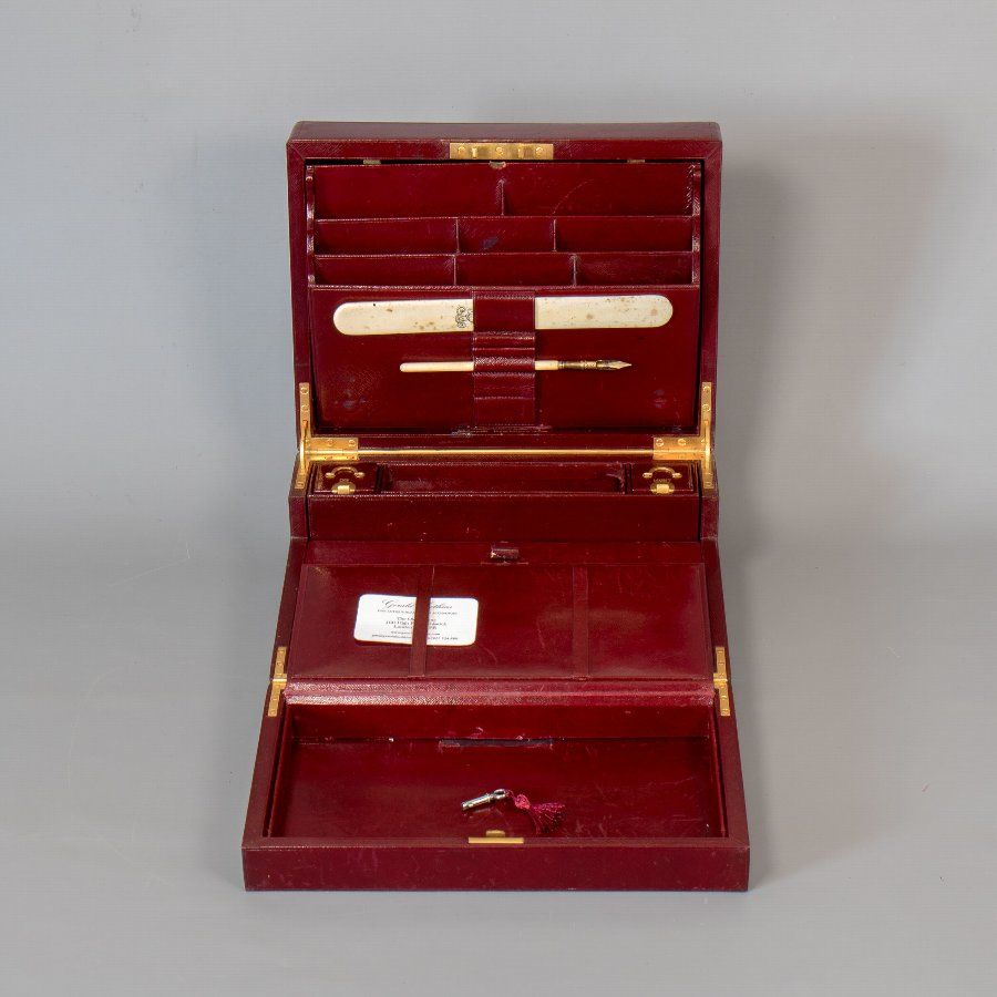 Antique #9842 Leuchars & Son A mid-19th Century Burgundy Morocco Leather Bi-Fold Writing Box