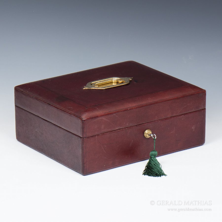 Antique #9863 A Late 19th Century Domed Burgundy Leather Box