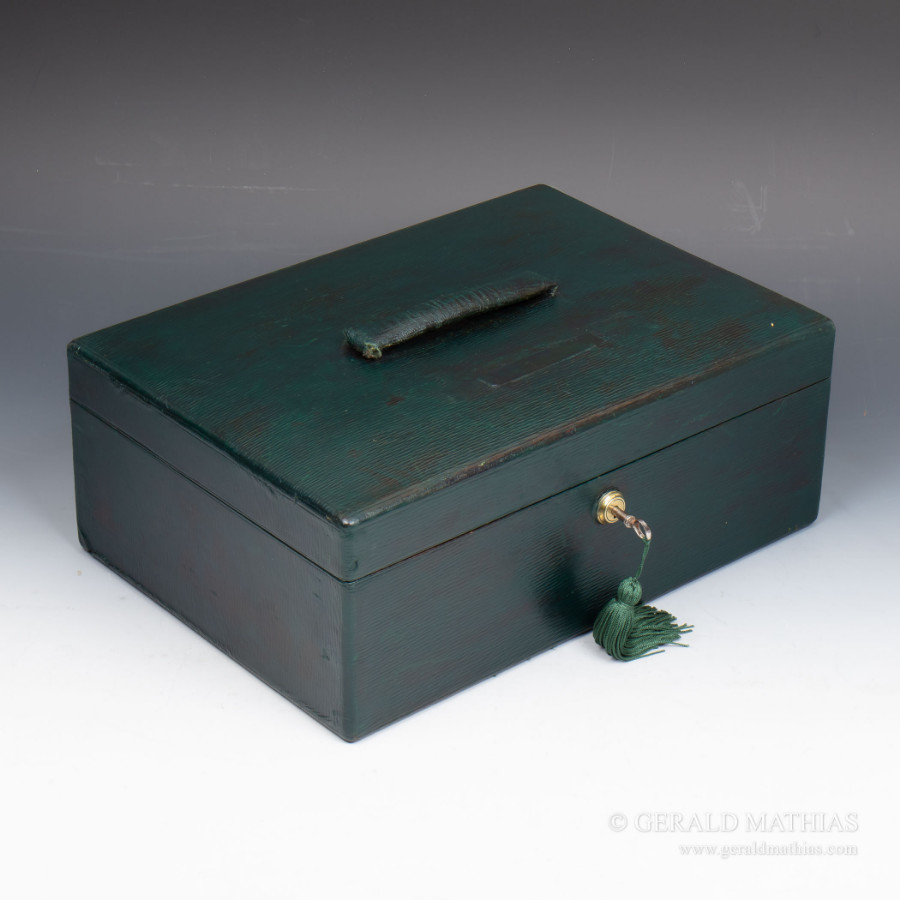 #9913. Vickery, Regent St.W. An early 20th Century Green Morocco Leather Documents Box