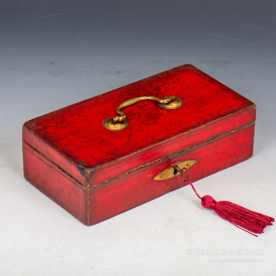 #9975 William Chapple. An Early 19th Century Miniature Red Leather Despatch Box
