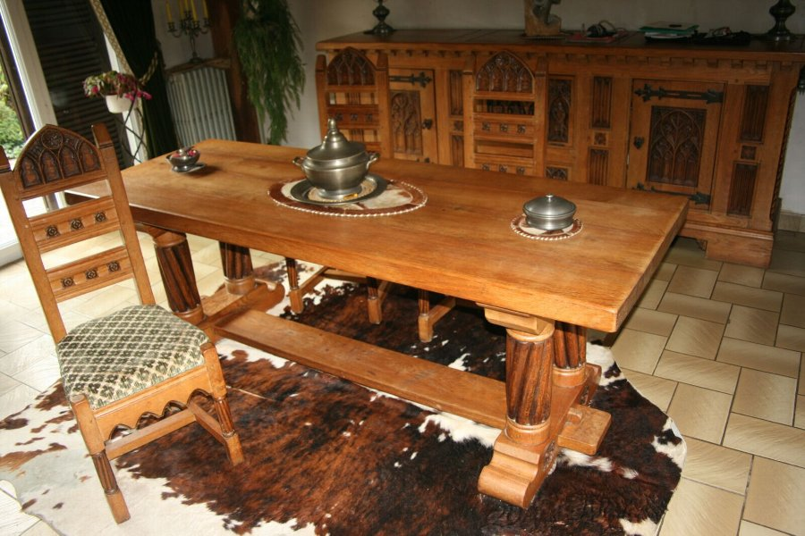Antique Spanish Renaissance Dining-Room furniture