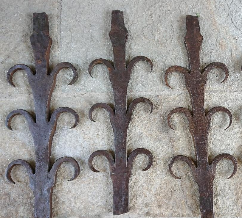 Antique Window iron bars XV-XVI century