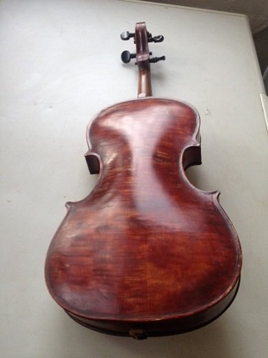 Antique Mid 1920's 4/4 violin carrying the lable of Scrampelle and dated 1924