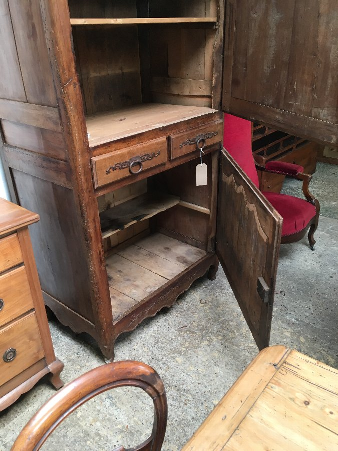 Antique French Antique pine pantry / cupboard