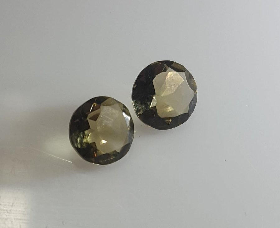 Antique LOT OF 2 SMOKIE TOPAZ, IN A BEAUTIFUL ROUND CUTTING. ABOUT 5.75 CTS! READY TO BE SET.
