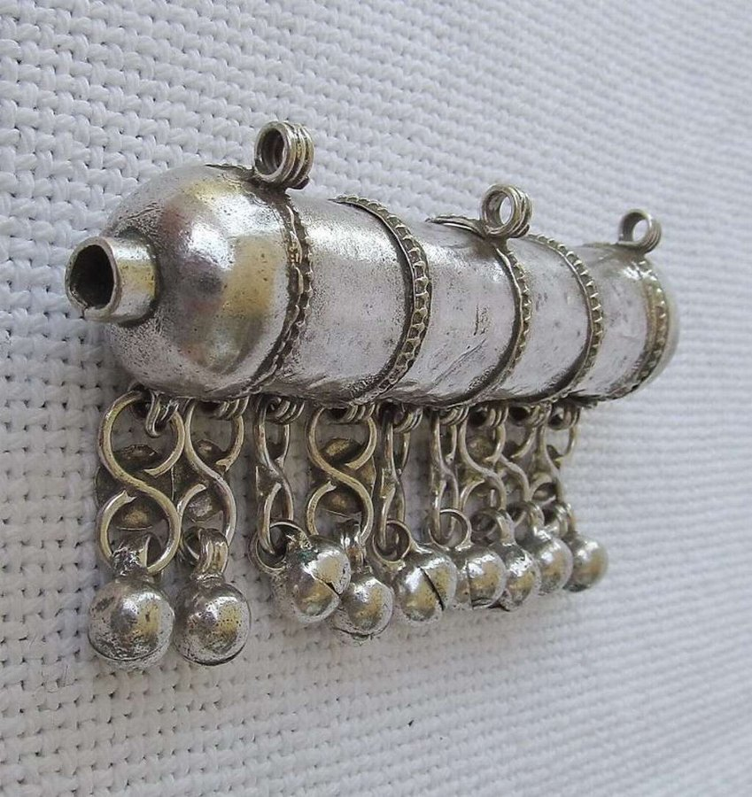 Antique Iraq Kurdistan Antique silver amulet case pendant, not opened, 28gr.