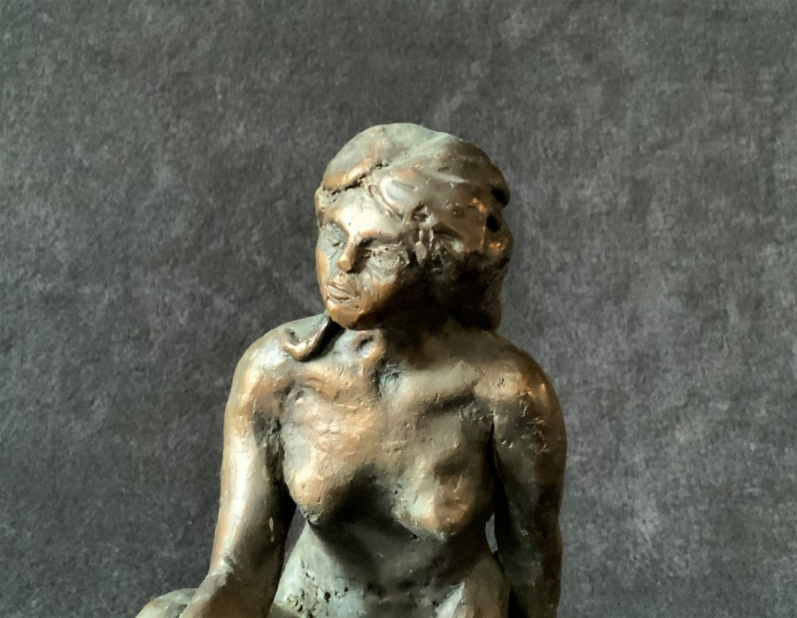 Antique Superb 20thc Contemporary Solid Bronze Sculpture of a Naked Beauty - Plinth Base