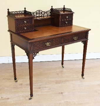 Antique 20th Century Edwardian Mahogany Writing Table