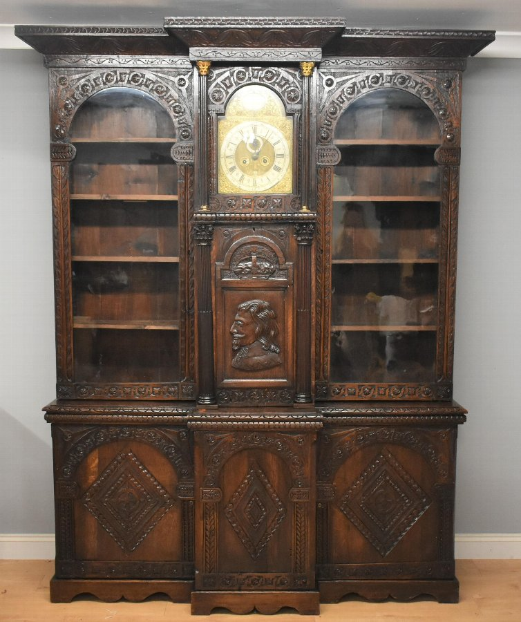 Victorian Carved Oak Breakfront Cabinet/Bookcase