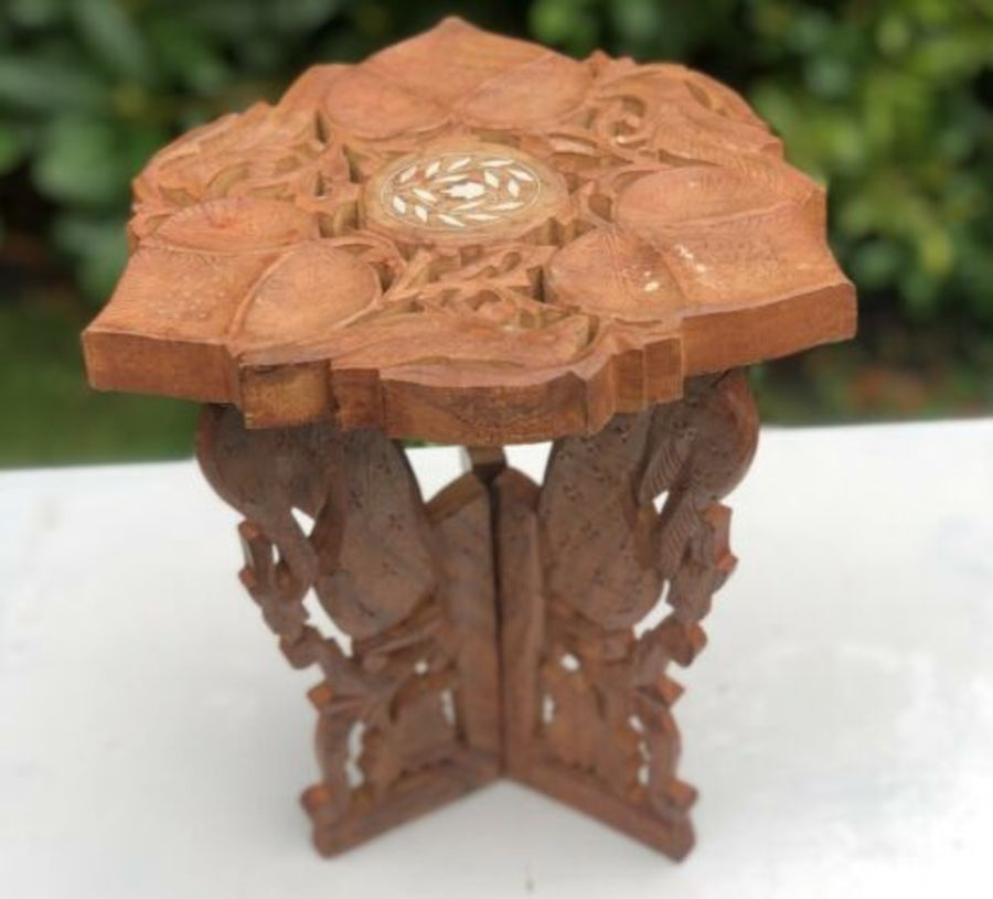 Oriental Wooden Carved Wood Leaf Design Small Miniature Furniture Table