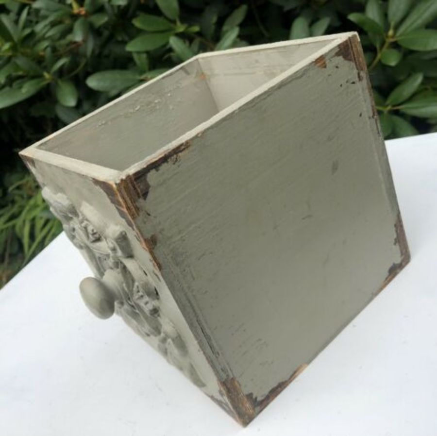Antique Antique Vintage Shabby Chic Rustic Painted Wood Draw Flower Pot Jardiniere
